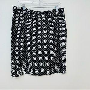 Adrienne Vittadini Women's Skirt 14 Black White
